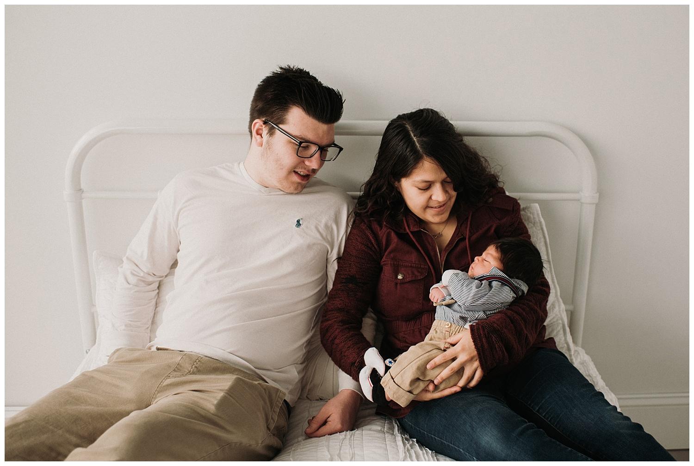 Milwaukee-newborn-photographer-2019 (4).jpg