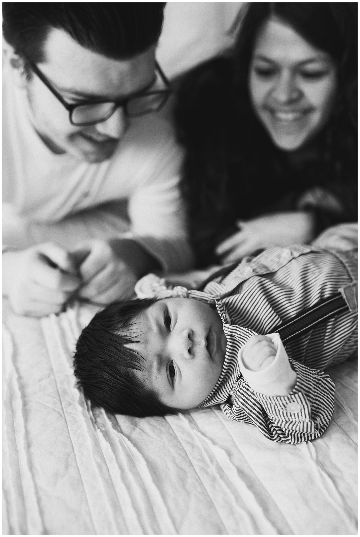 Milwaukee-newborn-photographer-2019 (7).jpg