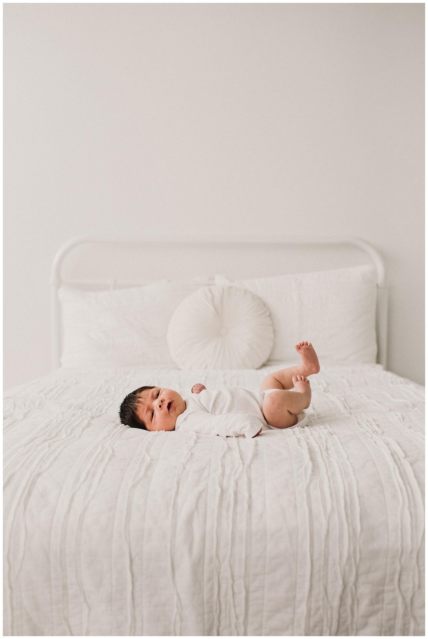 Milwaukee-newborn-photographer-2019 (26).jpg