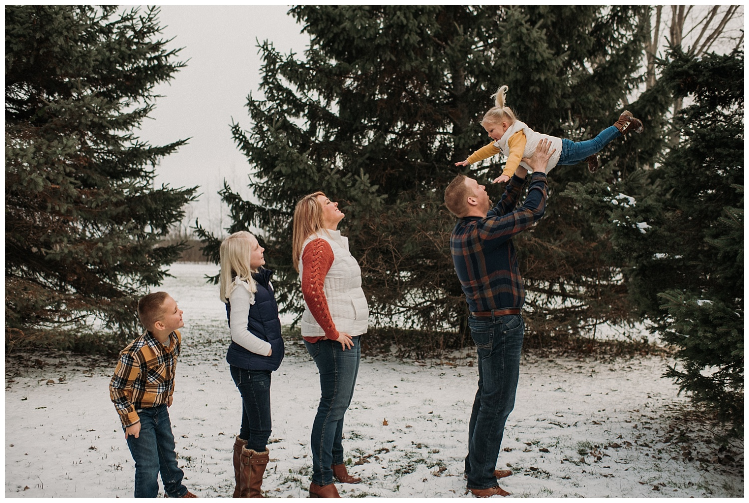 Pewaukee-family-photographer-2019 (4).jpg