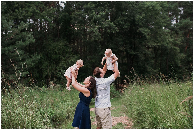 Pewaukee-family-photographer-2019 (4).jpg