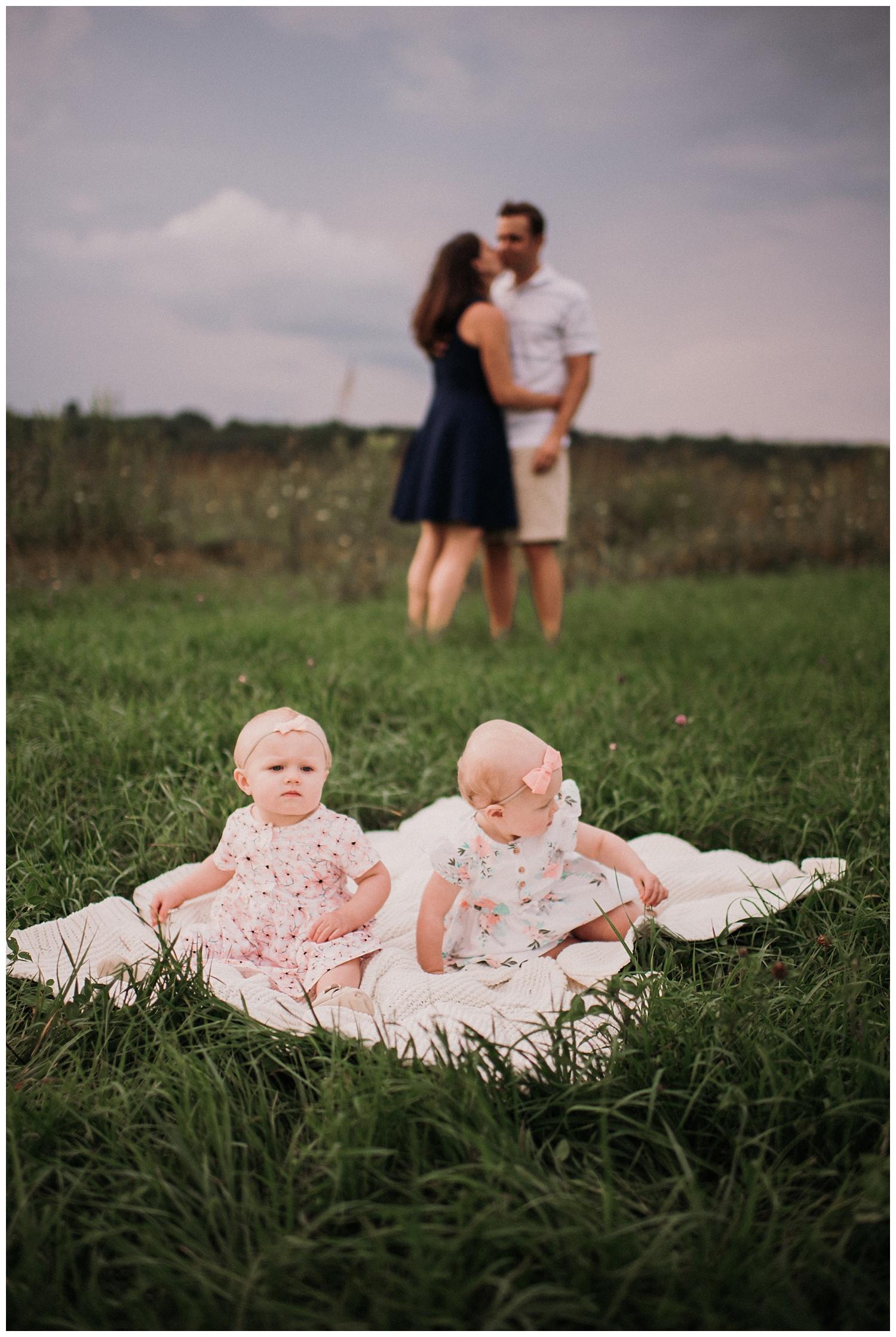 Pewaukee-family-photographer-2019 (14).jpg