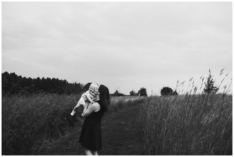 Pewaukee-family-photographer-2019 (25).jpg