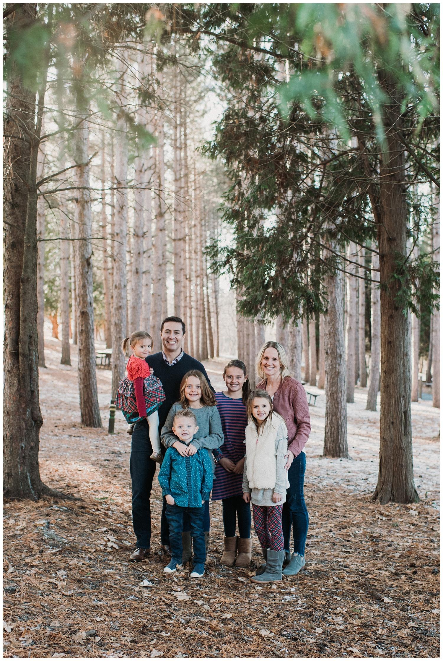 Pewaukee-family-photographer-2019 (10).jpg