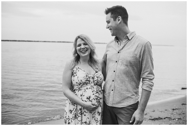 milwaukee-maternity-photographer-2019 (13).jpg