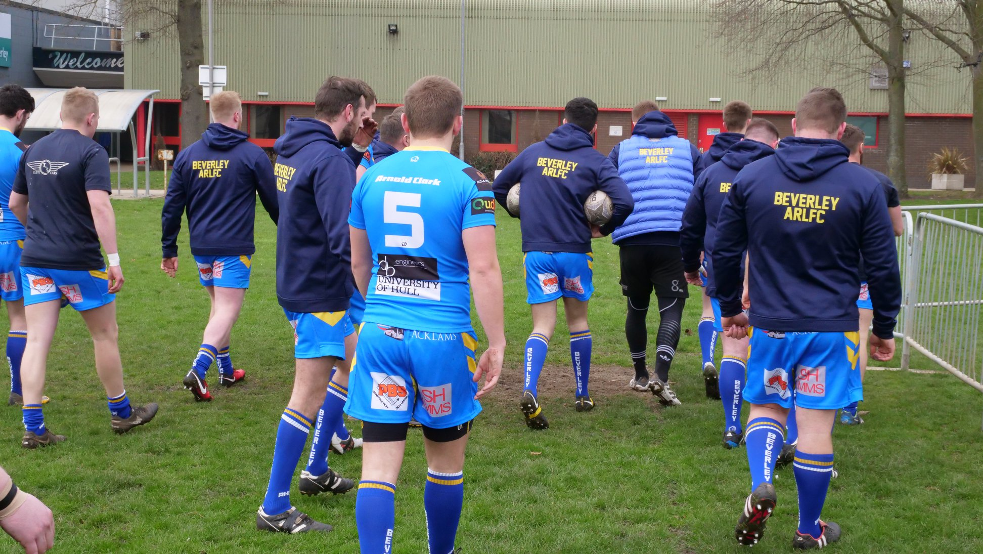 One to excite the core of our following as GRM began as a Rugby platform. Newly promoted Beverley travel the short distance to Hull Dockers for the opening Rugby game on GRM!