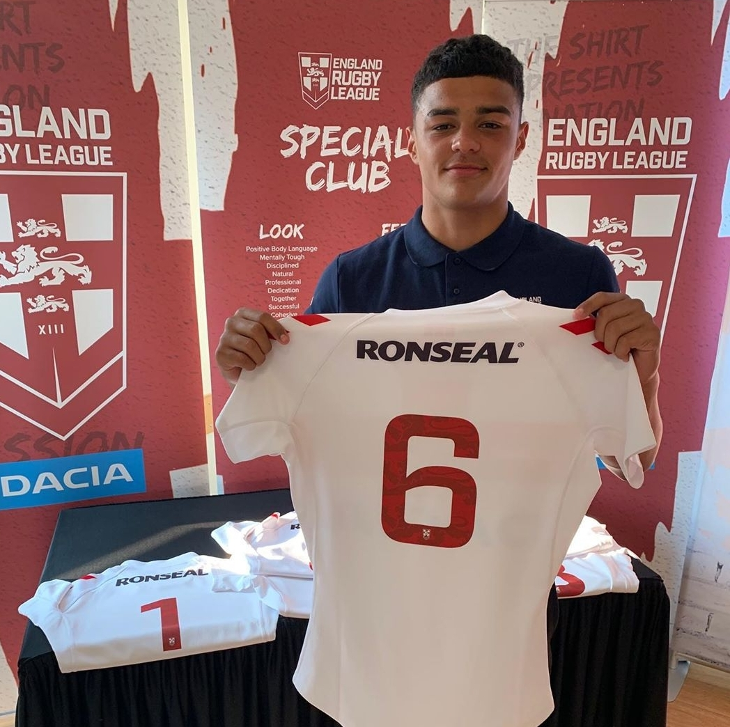 Huddersfield Giants Scholar and Siddal Star-man Will Pryce will play in the halves for England U16