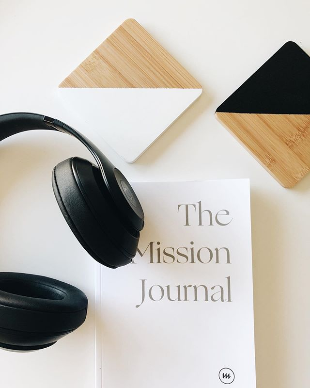Hapoy Saturday Pioneers. Get your journaling in this morning 📝