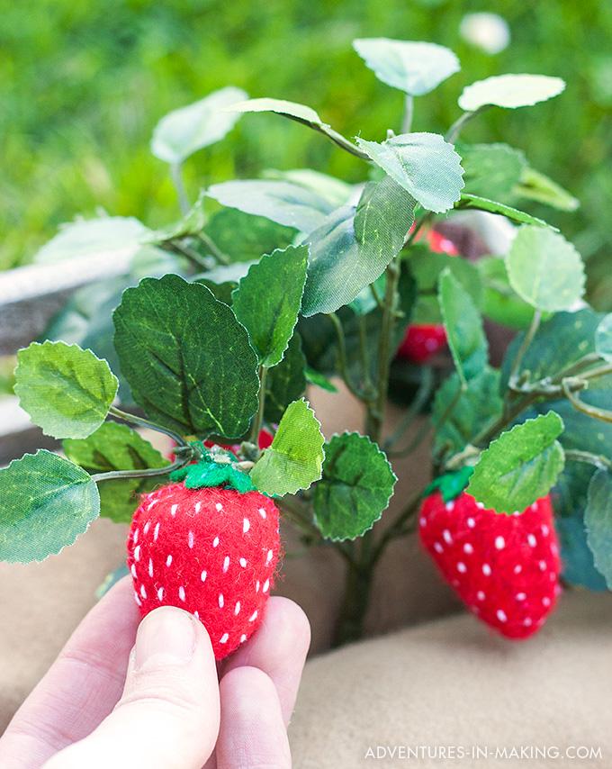 Plantable Felt Strawberries