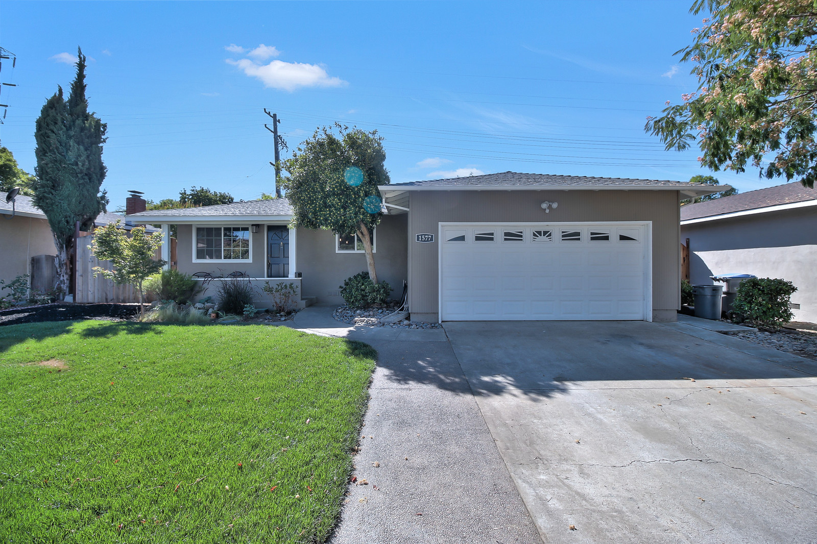 1577 Princeton Drive - This Beautifully Updated Cambrian Home is Amongst Top 10 Rated Dartmouth Middle School and Branham Highschool. It is Convenient to Highway 85 and Sits on a Charming Neighborhood Street. This Home has Many Upates Throughout, The Kitchen is Completely Updated with a Large Island, JennAir Convection Oven and Range with a Down Air Vent...List Price: $898,000