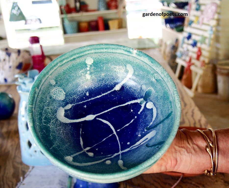 Pottery by  Sarah Fuller , Antigua. Photo by Jennifer Ritchie