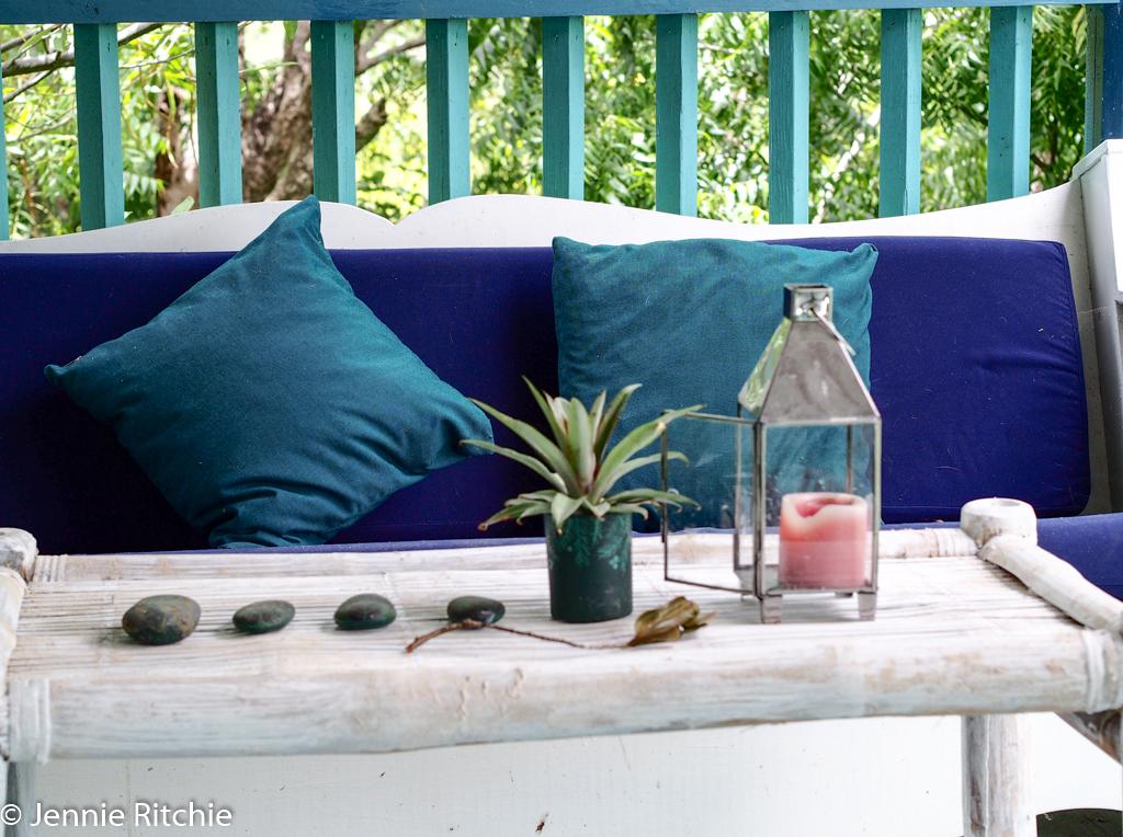 Rhythm of Blue through the home of Nancy Nicholson. Photo by Jennie Ritchie.