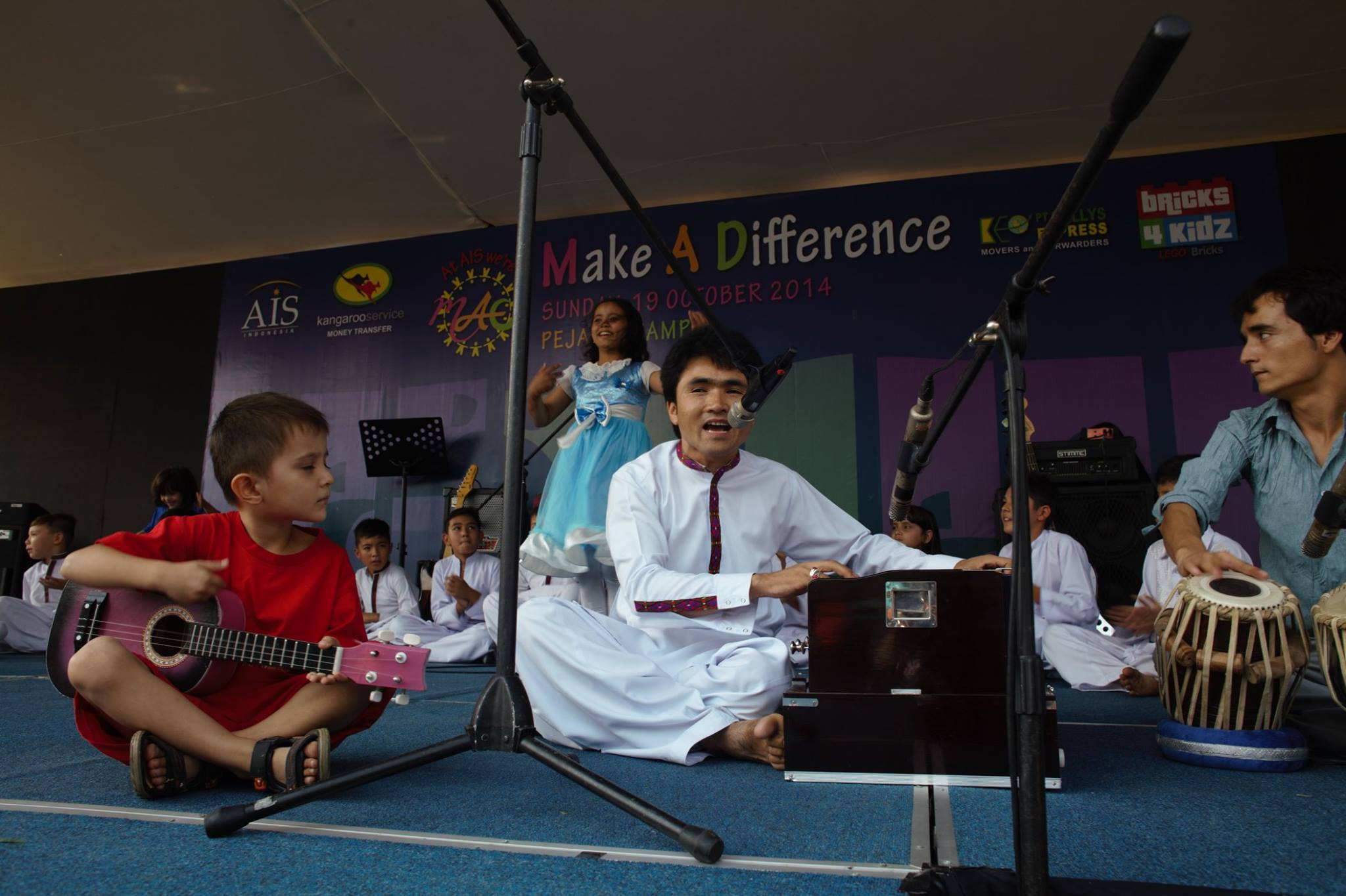 Aref Shadab was kidnapped by the Taliban after couple of months from this performance. Fortunately he was released, but his friend was killed.