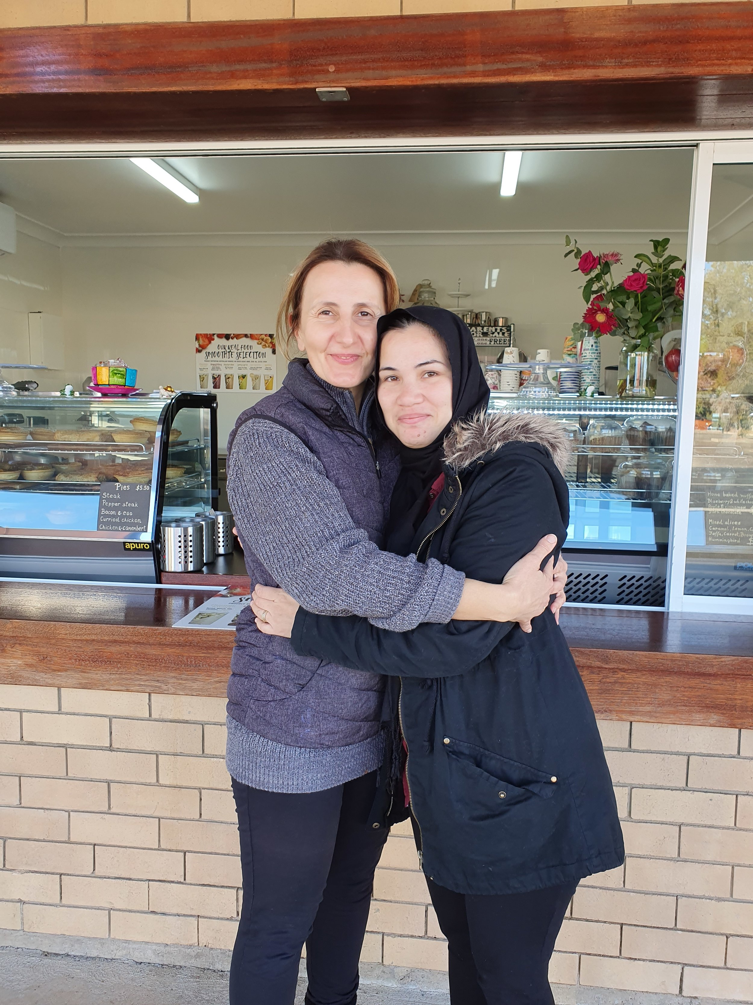 Vesna runs the Jillaroo coffee shop in Moree. She loved meeting someone from Afghanistan, and to speak about Khalid Hosseini's books. We got our coffe's for free and it gave our day a great start.jpg