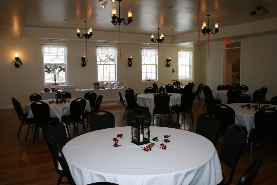 smoot-hall-interior-decorated-for-a-wedding-reception.jpg