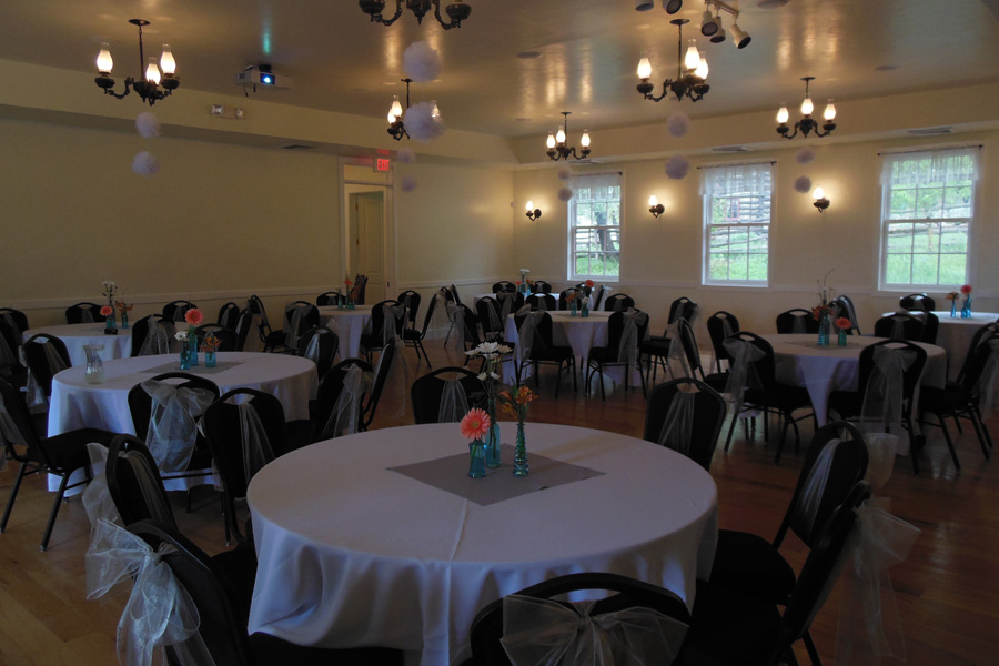 smoot-hall-interior-decorated-for-a-wedding-reception-3.jpg