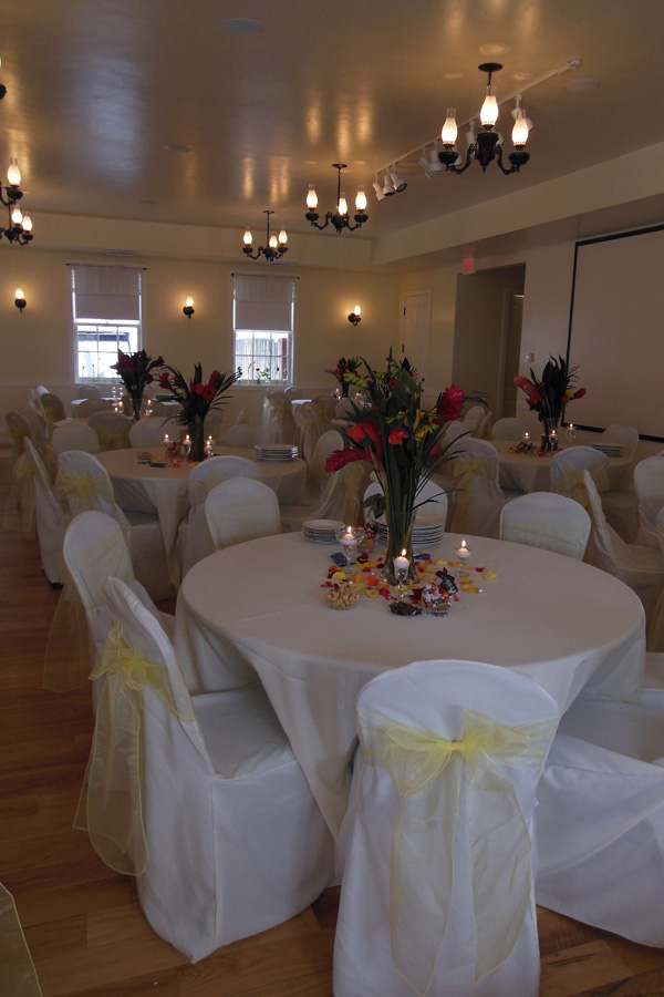 smoot-hall-interior-decorated-for-a-wedding-reception-4.jpg