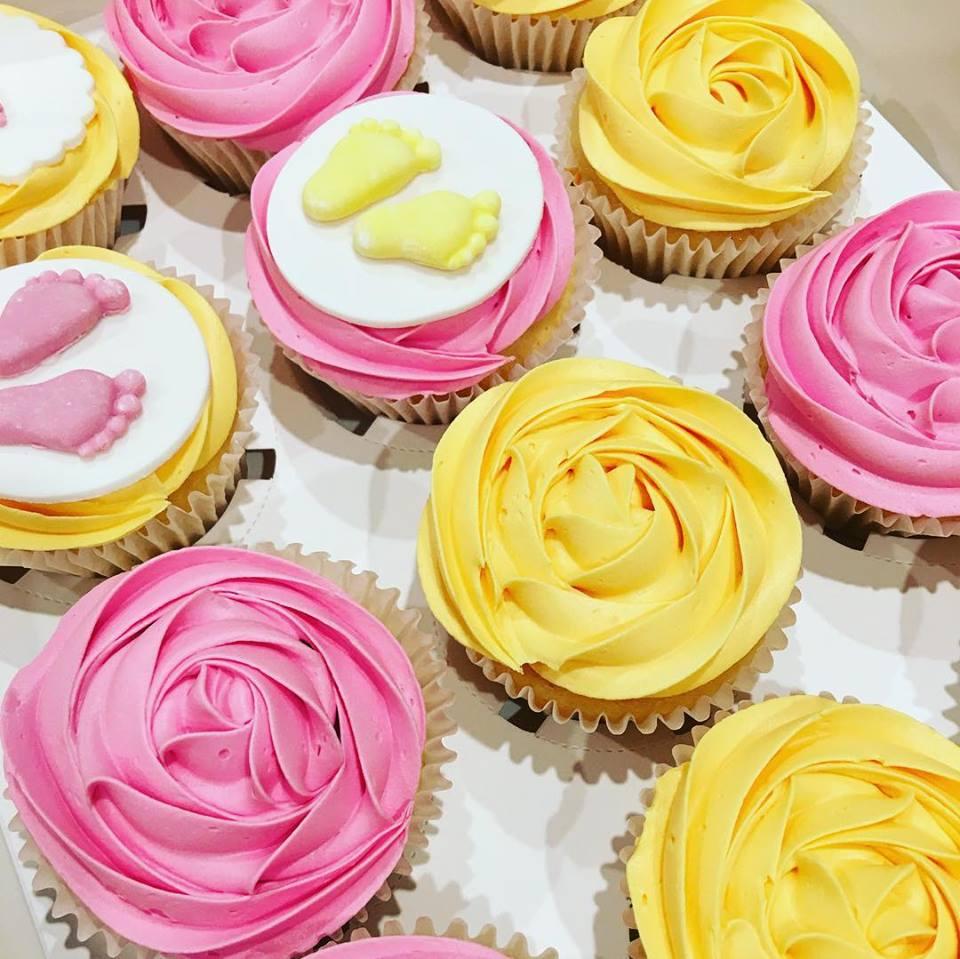 Rosette Plain Cupcakes.jpg