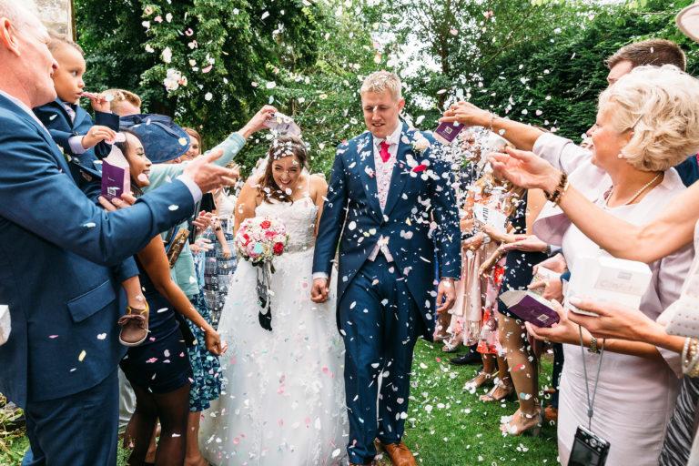 Wedding-Confetti-768x512.jpg
