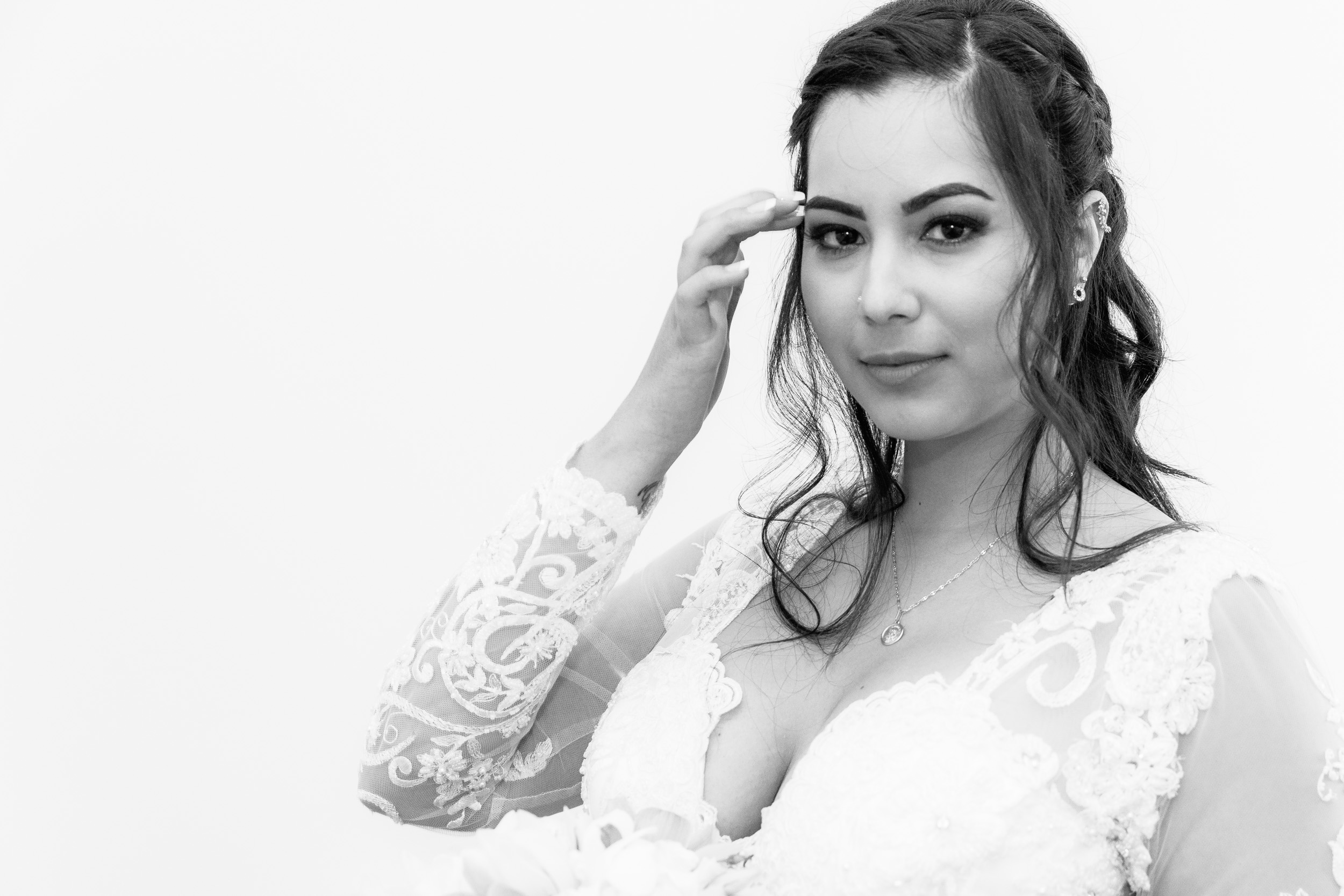 Cambridge registry office wedding Bride