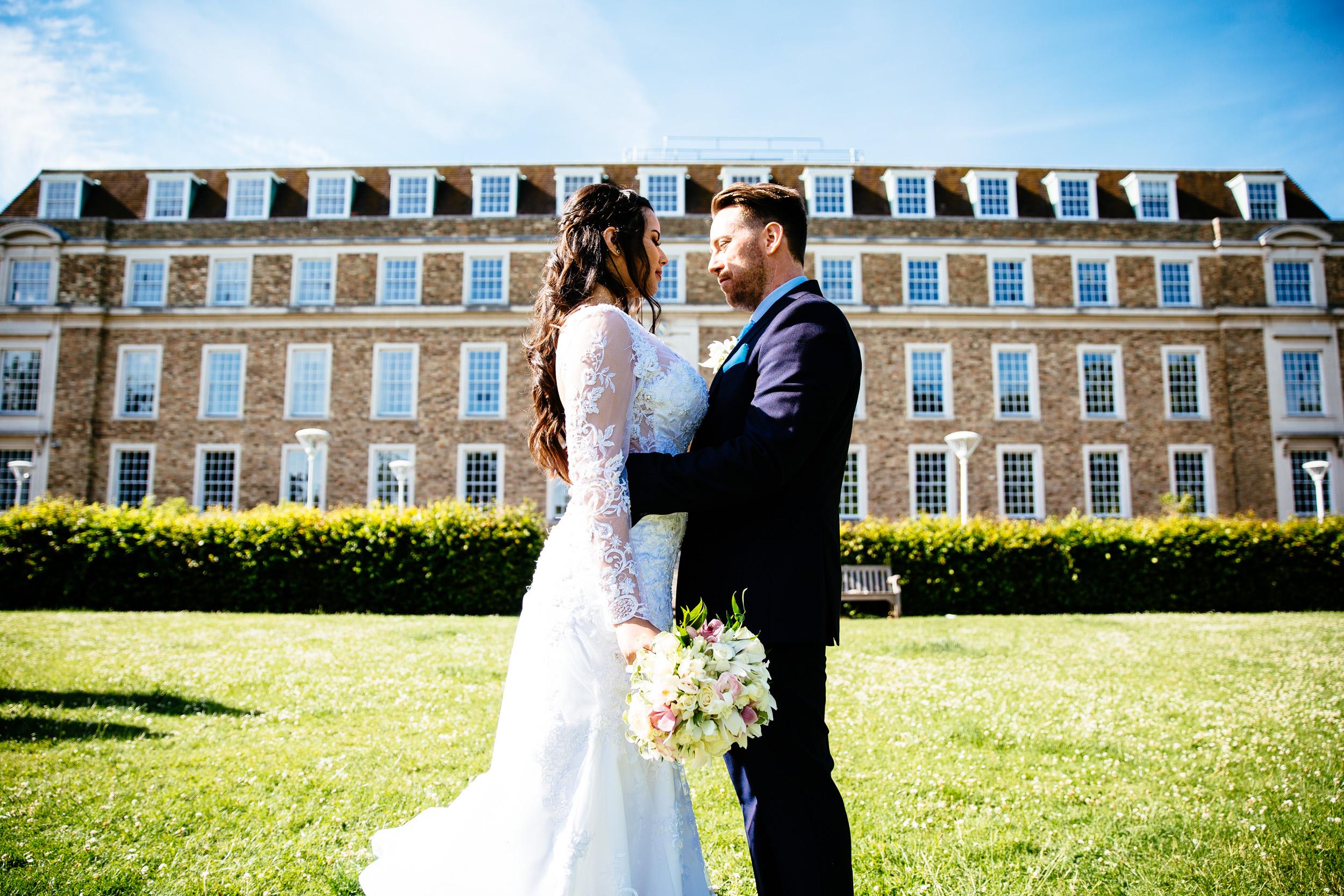 Cambridge registry office wedding summer