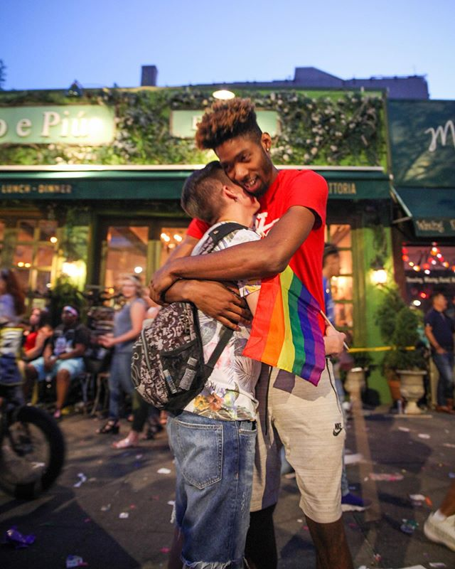 I asked if I could take their picture. They both smiled and instantly hugged each other. It was so tender and so sweet. Happy Pride, love is 😌🌈 #pridenyc #worldpride2019 #alevinphotography #alevinpride