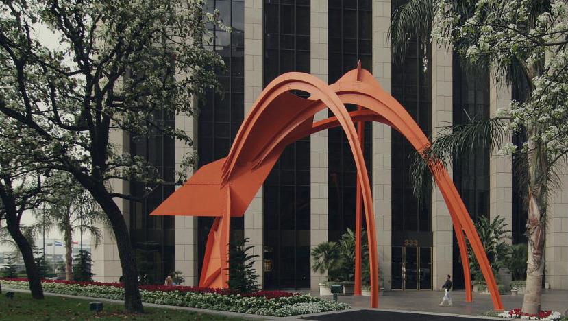 alexander calder four arches