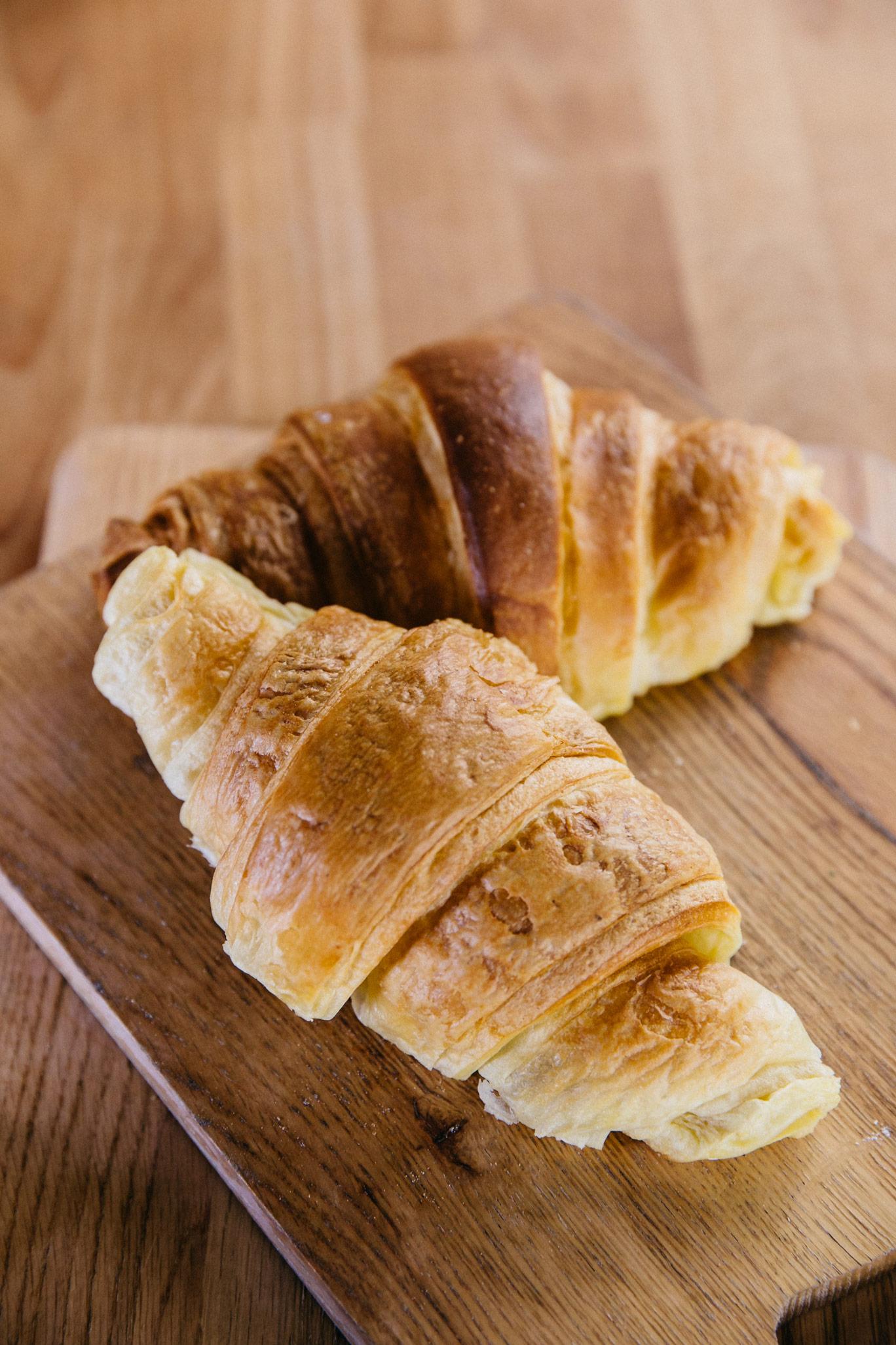 Brioche-puff pastry croissant