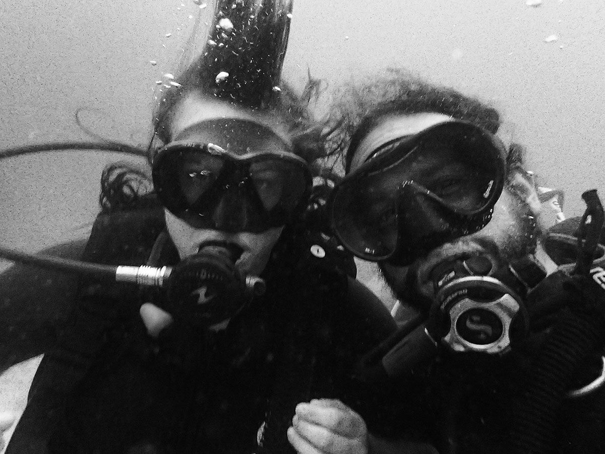 My, my bangs (diving hairstyles should be a thing) and the most patient instructor ever, Erik.