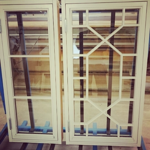 snickeri fönster.JPG