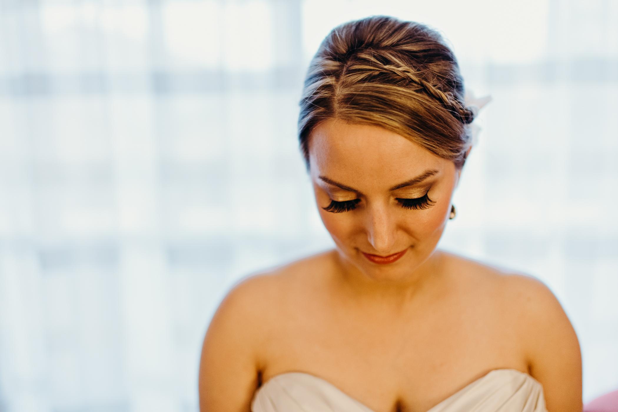 Bride's long false eyelashes