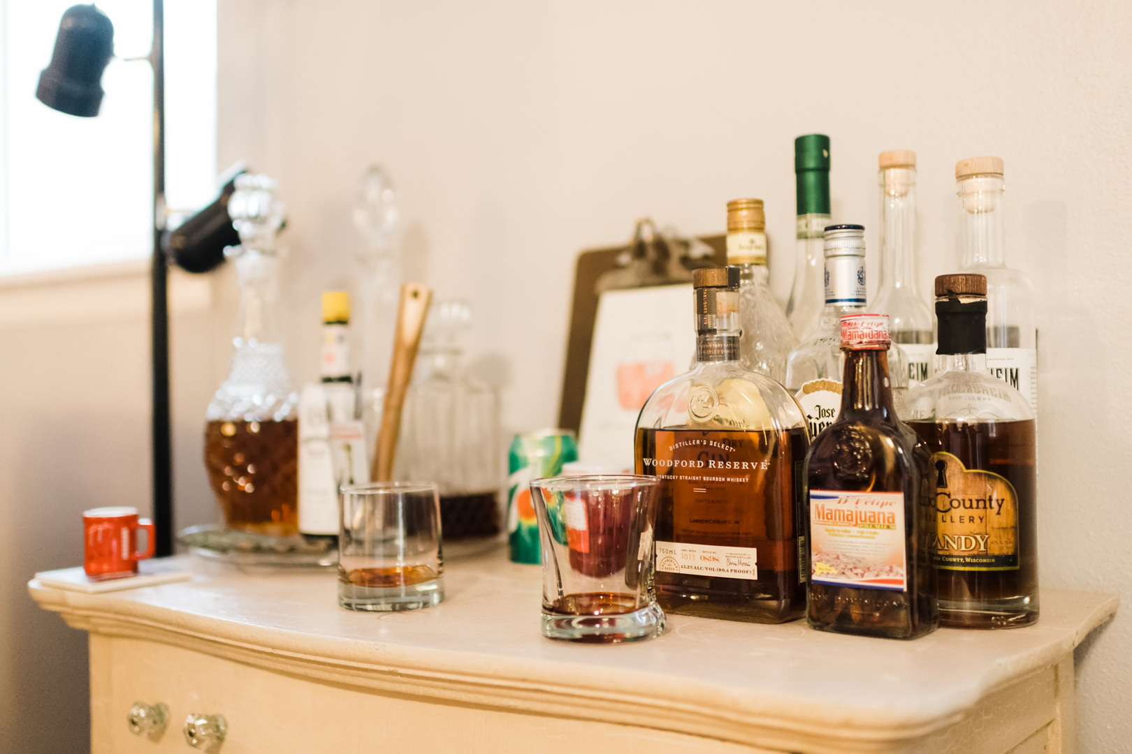 Table of liquor to make brandy old fashioned