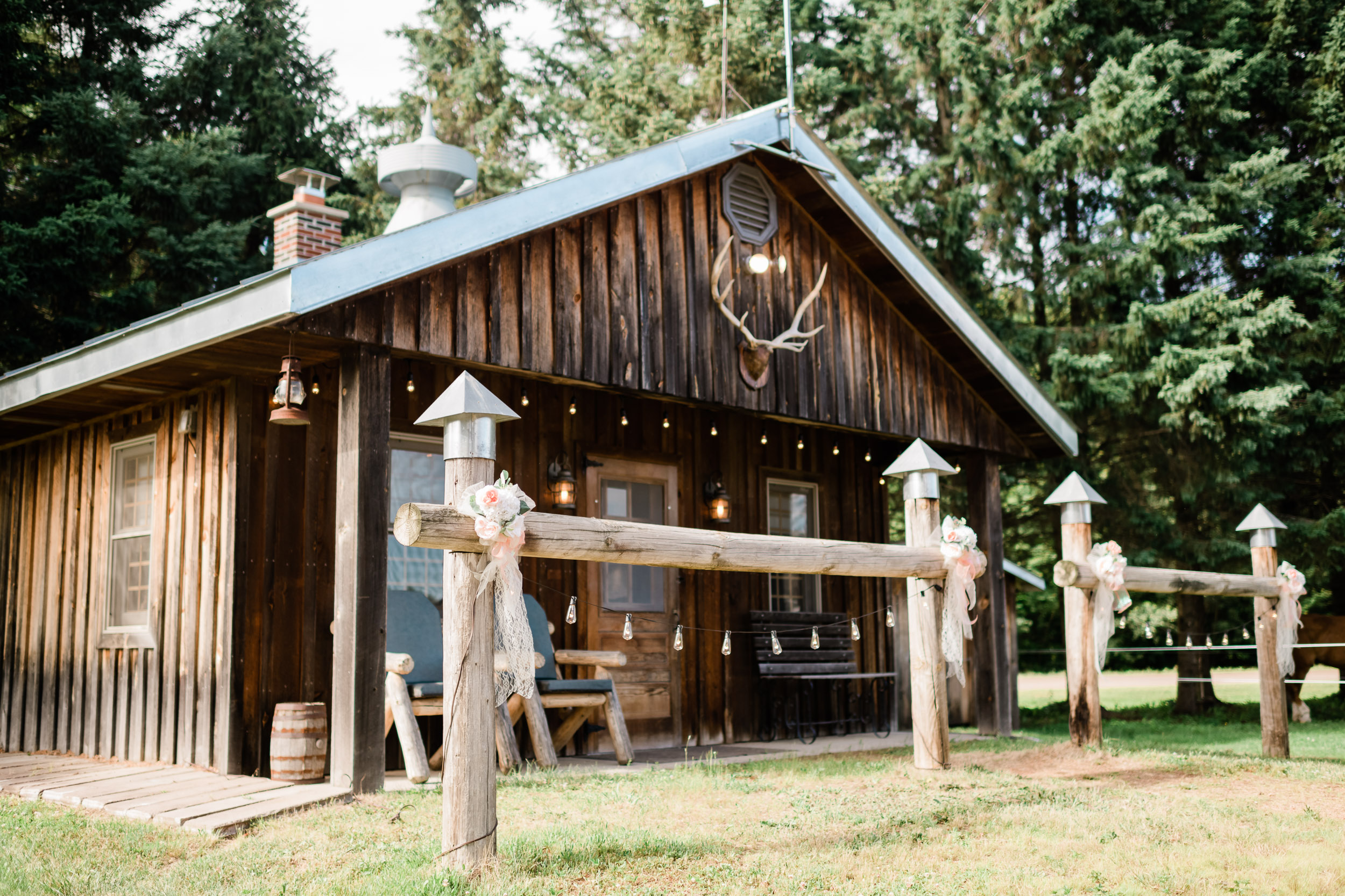 Cabin decorated for wedding reception