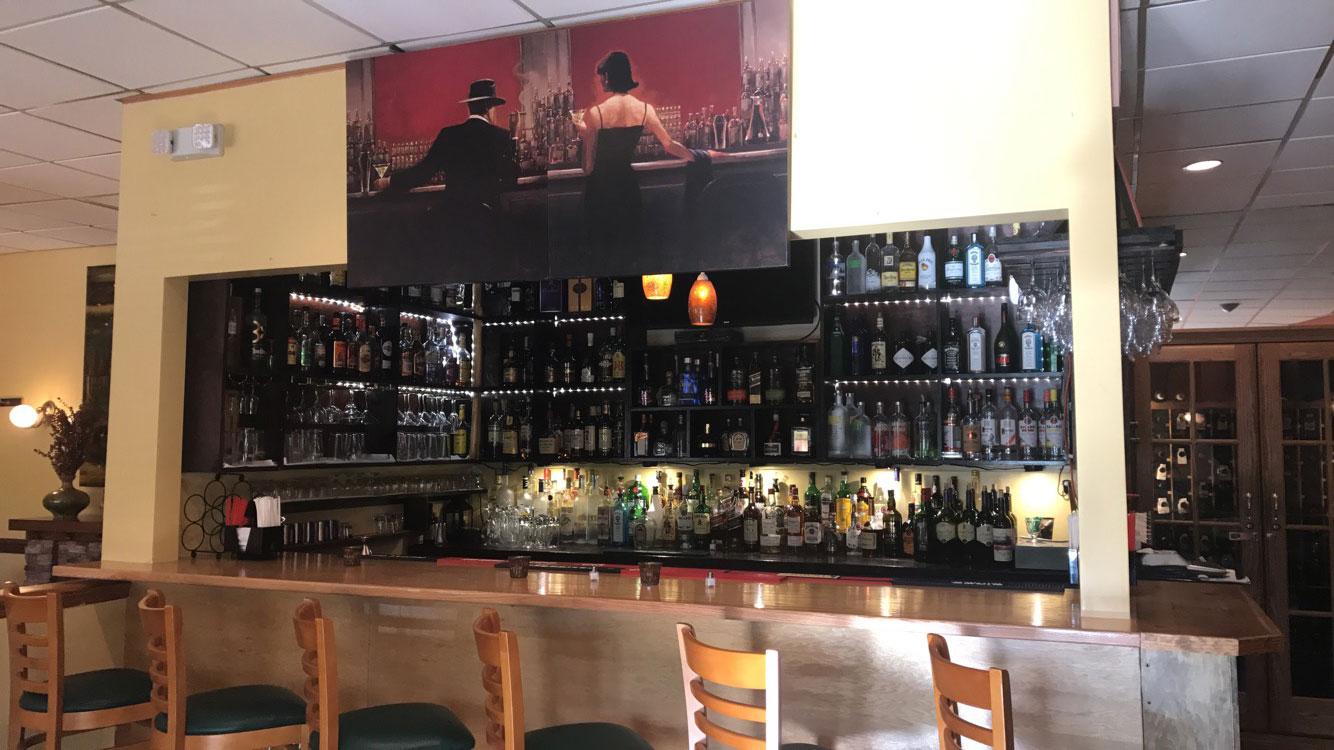 Oscar's Bar