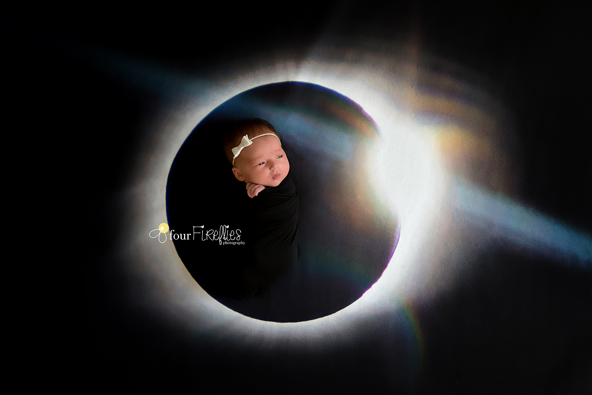 st-louis-newborn-photographer-four-fireflies-photography-baby-born-during-eclipse-on-picture-of-totality.jpg