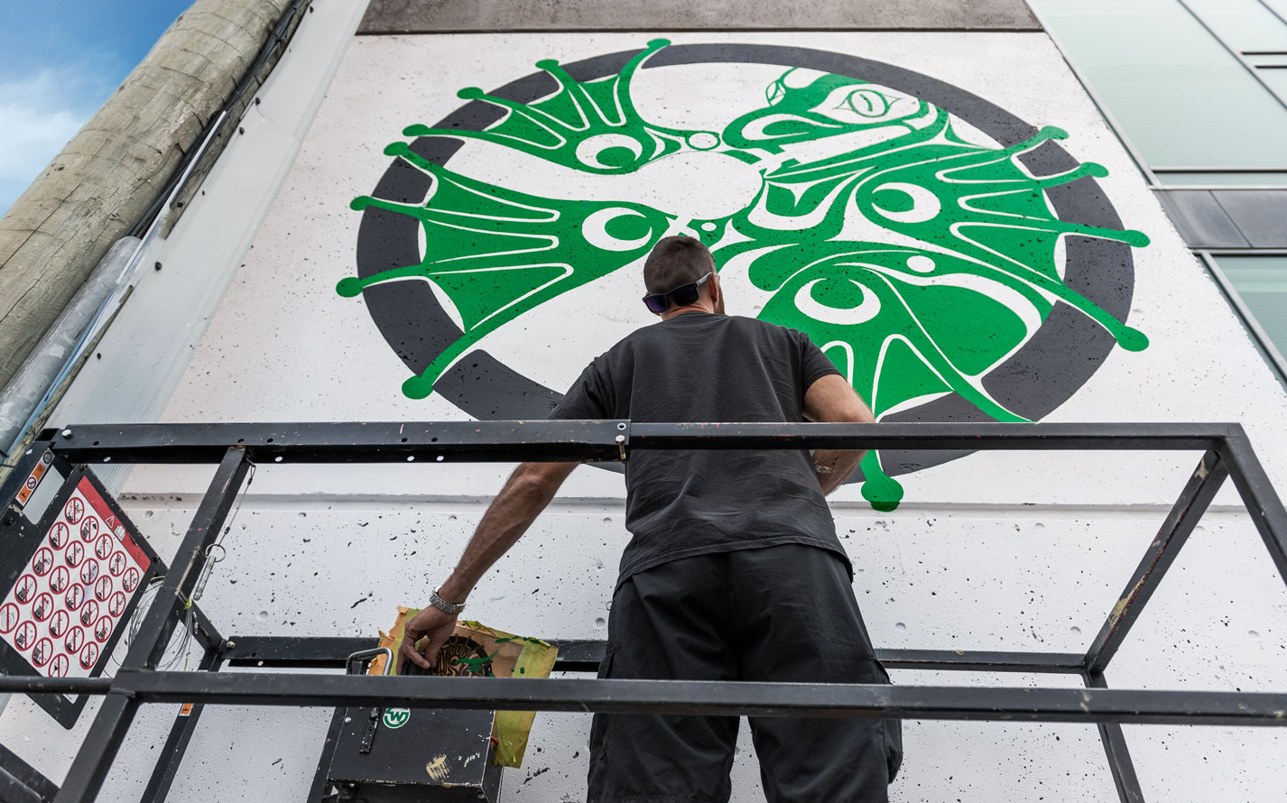 "VANCOUVER MURAL FESTIVAL RETURNS AUGUST 1-10 WITH 25 NEW MURALS AND AN EXPANDED 10 DAY PROGRAM OF EVENTS CELEBRATING PUBLIC ART AND COMMUNITY!   June 13, 2019 (Vancouver, BC) - Create Vancouver Society with support from Canadian Heritage, the Province of British Columbia and Mount Pleasant BIA, proudly announces the 4th Annual Vancouver Mural Festival. Following the success of last year's celebrations (drawing crowds of 120,000+ to the streets of Mount Pleasant), the Vancouver Mural Festival returns with expanded programming featuring 10 days of events including a Gallery Show, Flash Tattoo, Mural Tours, Public Talks, Parties and much more… culminating in the much loved Mount Pleasant Street Party on Saturday, August 10 from 12-7pm.  Spanning over 14 city blocks, the Saturday street party transforms the neighbourhood into a dynamic, living art space connecting communities across the Lower Mainland and beyond. Free, family-friendly, and full of activities for everyone, the celebration features the highly-anticipated debut of 25+ new murals (on top of the area's 120+ murals from past years), 4 beer gardens, 2 live music stages, 2 markets, extensive food trucks, live art, DJ/dance battles, a new Family Zone and much more.  Speaking to his passion for the Vancouver Mural Festival, Co-founder and Executive Director David Vertesi says, ""The incredible growth of VMF over the last four years is a testament to the power of public art to not only brighten up our neighbourhoods but also to connect people, places, stories, and ideas. Whether spotlighting important social issues or simply putting smiles on people's faces, we're excited to support a diverse range of artistic visions in public space with another year of Vancouver Mural Festival.""  As the city's largest annual, free public art celebration, Vancouver Mural Festival promises an accessible and inclusive event for everyone. Visit vanmuralfest.com and follow @vanmuralfest (#vanmuralfest) on social for more exciting updates and announcements coming soon (including our mural artist and music line-up, schedule of events, and the finale Park Show)."
