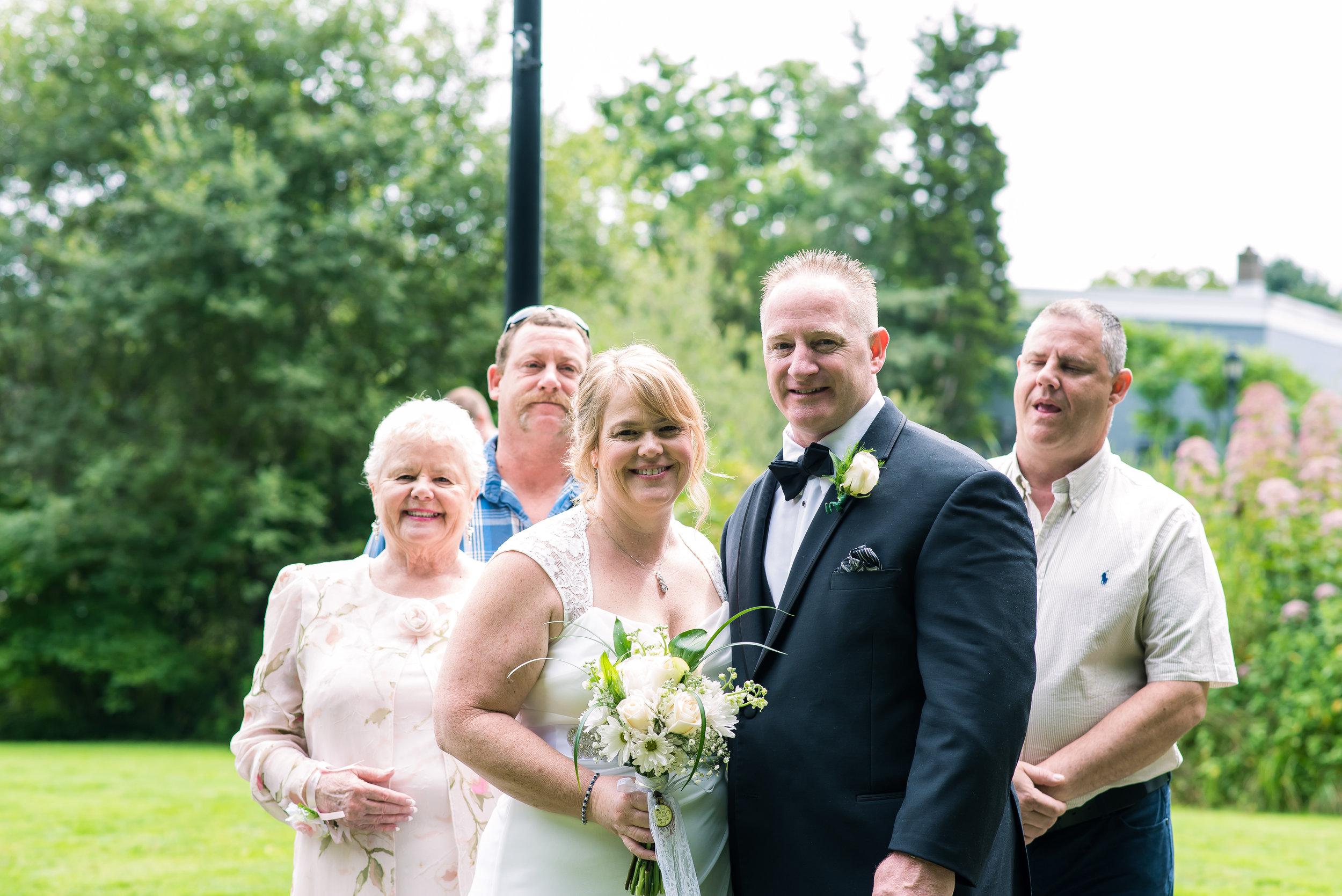 Brides Family (20 of 1).jpg