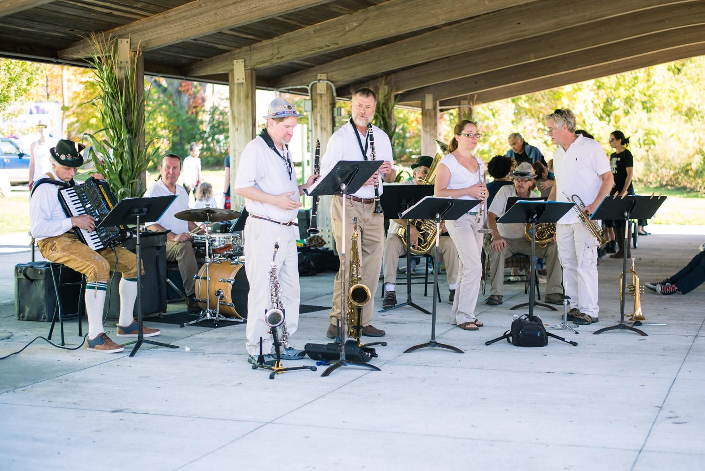 Blue Grass Band at Powers Farm Randolph MA (10 of 1).jpg