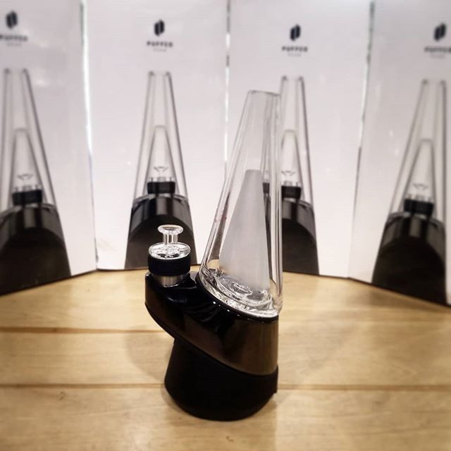 Got 5x @puffco Peaks in stock! $385+tax, This is the best concentrate vape on the market!  Come check them out in person while they last! . . #austintx #atx #errl #78704 #texas #puffco #puffcopeak #newnew #smokingdepot #datfire #420 #710 #wesmokeloud #concentrate #vape #smokersonly