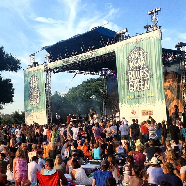 Another blues on the green,  tonight with @bob_schneider_music ! We are located down the corner from Zilker Park at Barton springs and Lamar.  Stop by for last minute supplies! 🙏. #zilkerpark #bartonsprings #bluesonthegreen2018 #atx #smokingdepot #texas #partytime #austintx #bobschneider