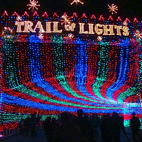 It's that time of year again! From today till the 23rd, the trail of lights will be up and running! Come see us on the way for all your last minute smoke and vape needs! Or swing by after the chilly walk to warm your bones! #smokingdepot #trailoflights #zilkerpark #atx #christmas