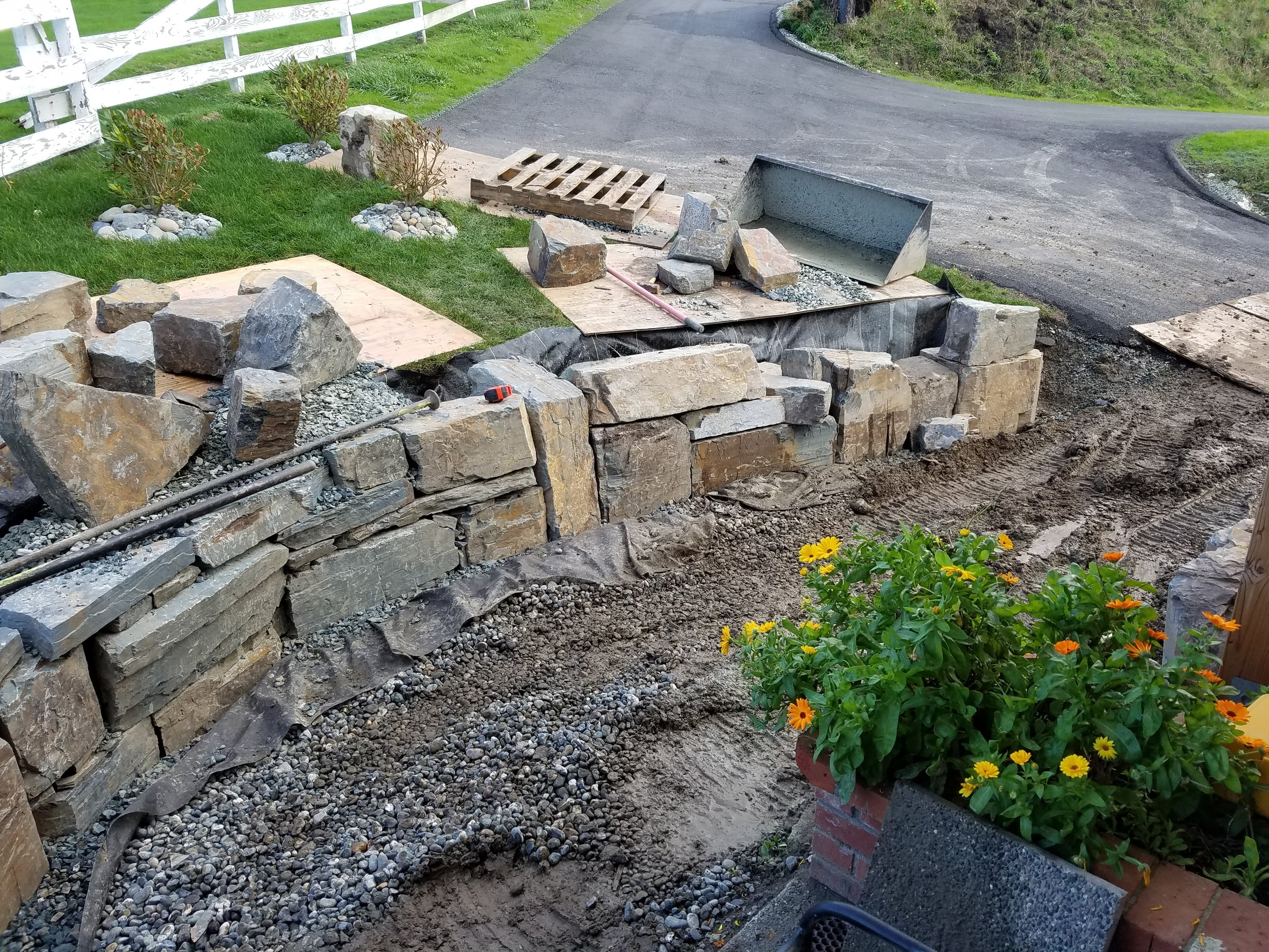 Rock Retaining wall 2.jpg