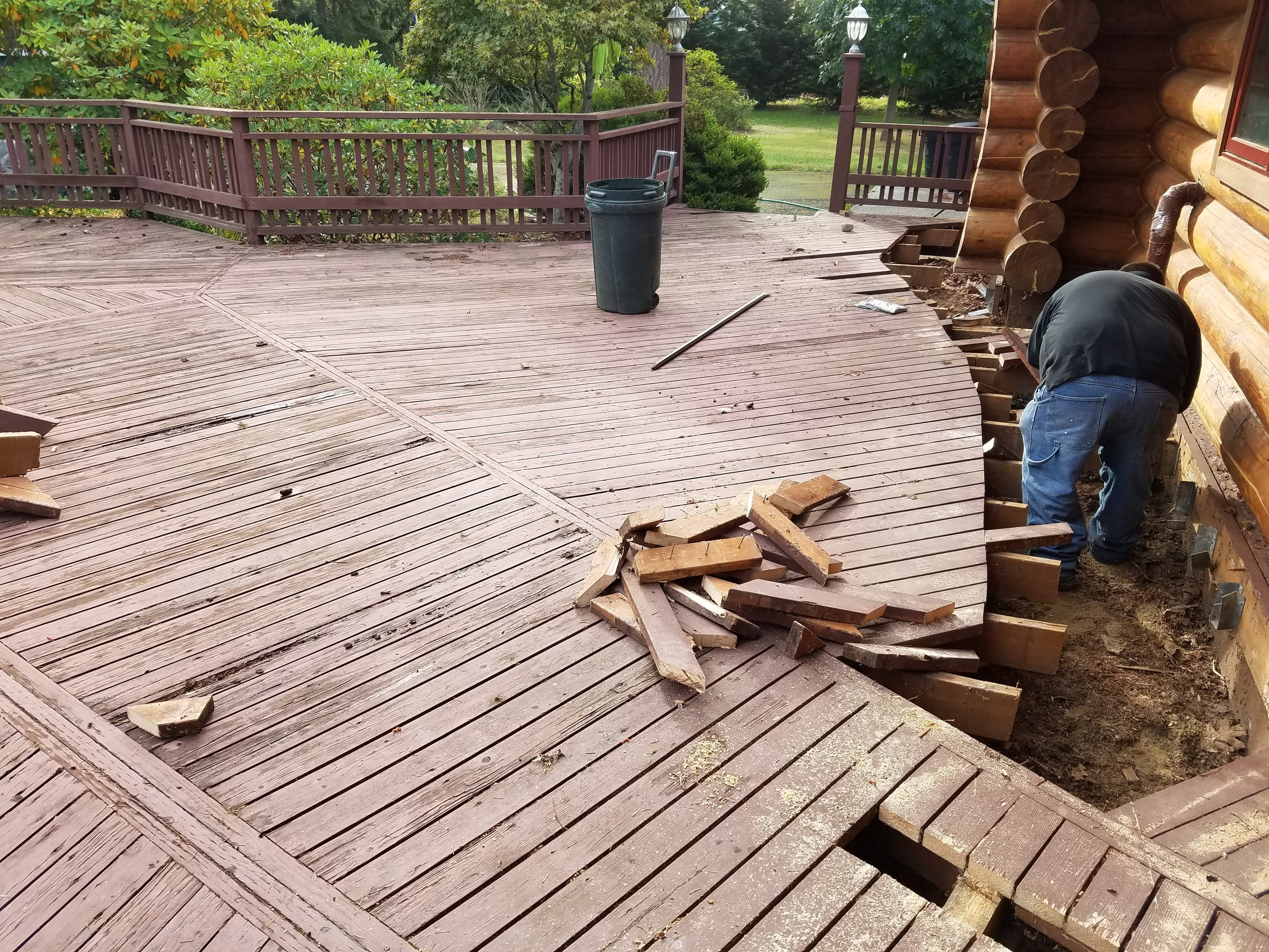 Cutting Deck off House.jpg
