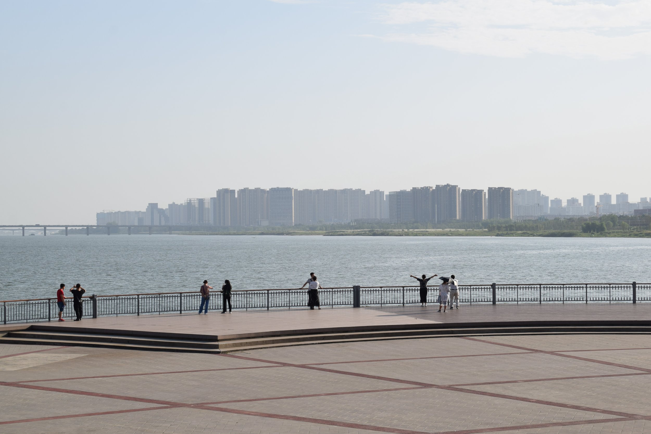 Orange Isle City Park - Admission: Free.Nearest metro: Juzizhou.Orange Isle city park sits in the middle of the Xiang River and draws most visitors in for the history and links to Mao, found in the form of a granite statue. With views of Yuelu Mountain, walking tracks right along the river, weeping willows and temples, the trip makes for a perfect way to spend the afternoon. You can walk the circuit for free or purchase a 元20 hop-on-hop-off bus ticket to stop at each main viewing point – this makes for a great option on humid days. There are a few places to eat and purchase drinks on the island but bear in mind this will be more expensive than the city itself.*If you're travelling on the metro from Wuyi Square to Juzizhou (2 stops), this will cost 元2 each way. You'll be able to see how much it will cost you from any other location to Juzizhou by changing the language to English on the ticket machines. So, don't panic if you can't read Chinese. On arrival at Juzizhou, walk up the stairs and bear left to find the ticket office to purchase a hop-on-hop-off bus pass.