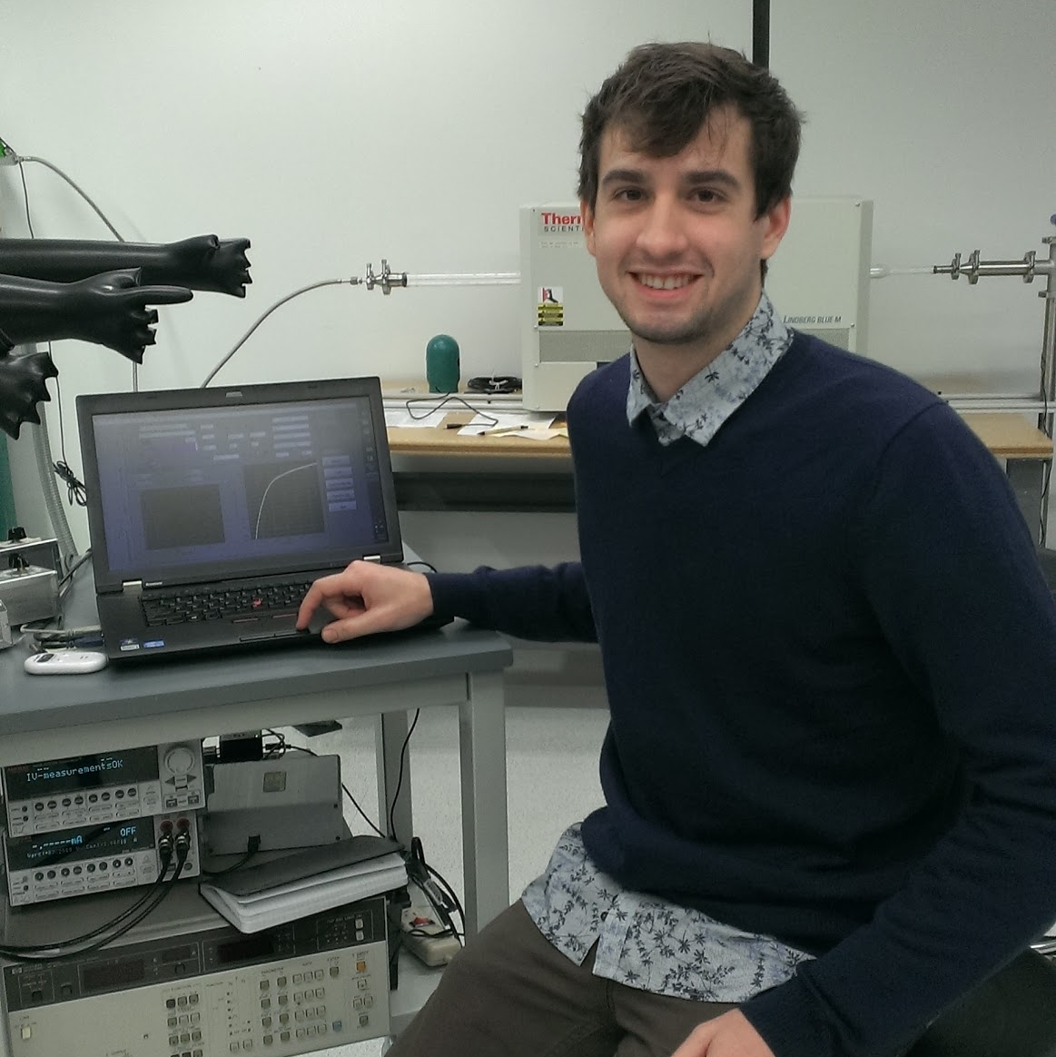 Ross Kerner [Graduate Student] - Materials Science B.A. and ELE graduate student with experience starting interdisciplinary projects.