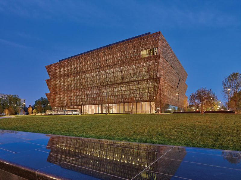 WASHINGTON, DC  Our scholars will visit the capital of the United States for a long weekend, visiting the National Museum of African American History in Washington, DC and Howard University.