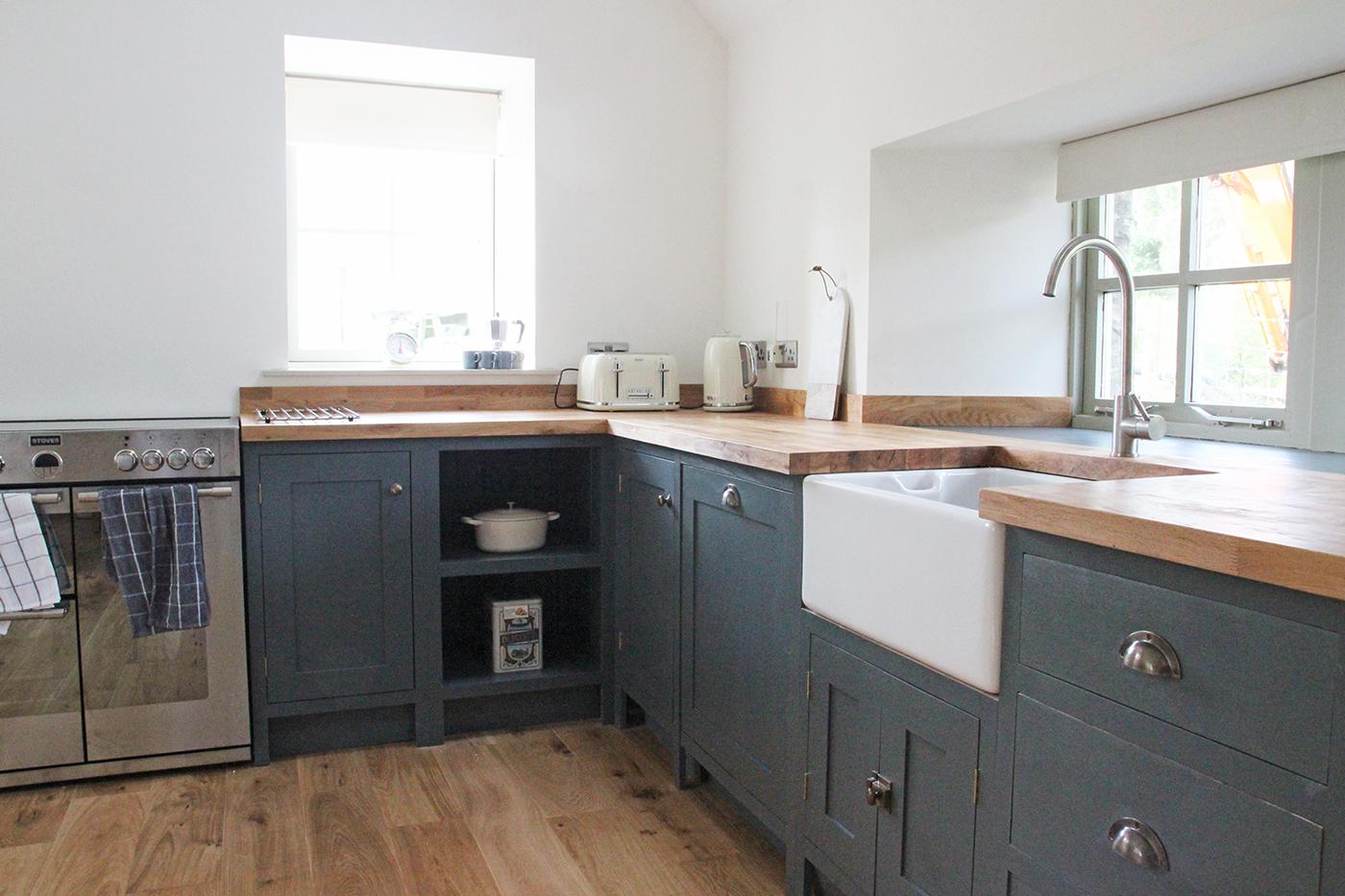 Kitchen12small.jpg