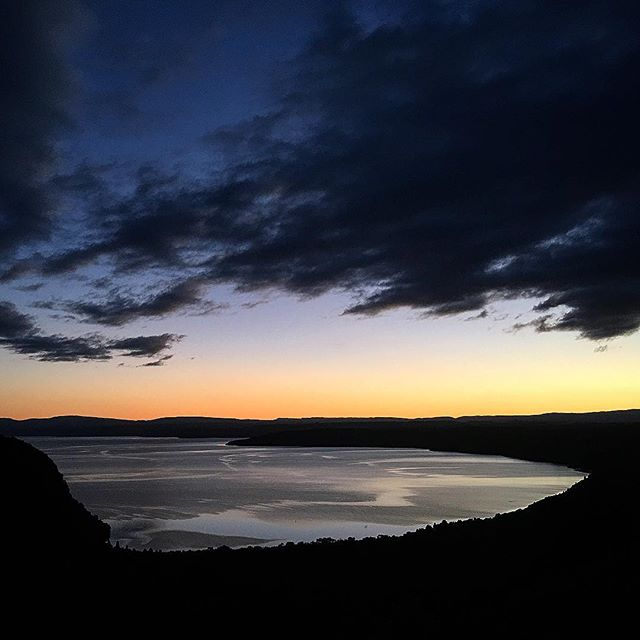 Go home. Change. Get out the door. Run up the hill for sunset. Pause. Take it in.  Enjoy the peace. Wait for the first stars. Turn on the headlamp. Run back home. Simple. . . #trailrunning #peace #sunset #home #lake #wanderlust #hill #laketaupo #paradise #trail #running #newzealand @greatlaketaupo