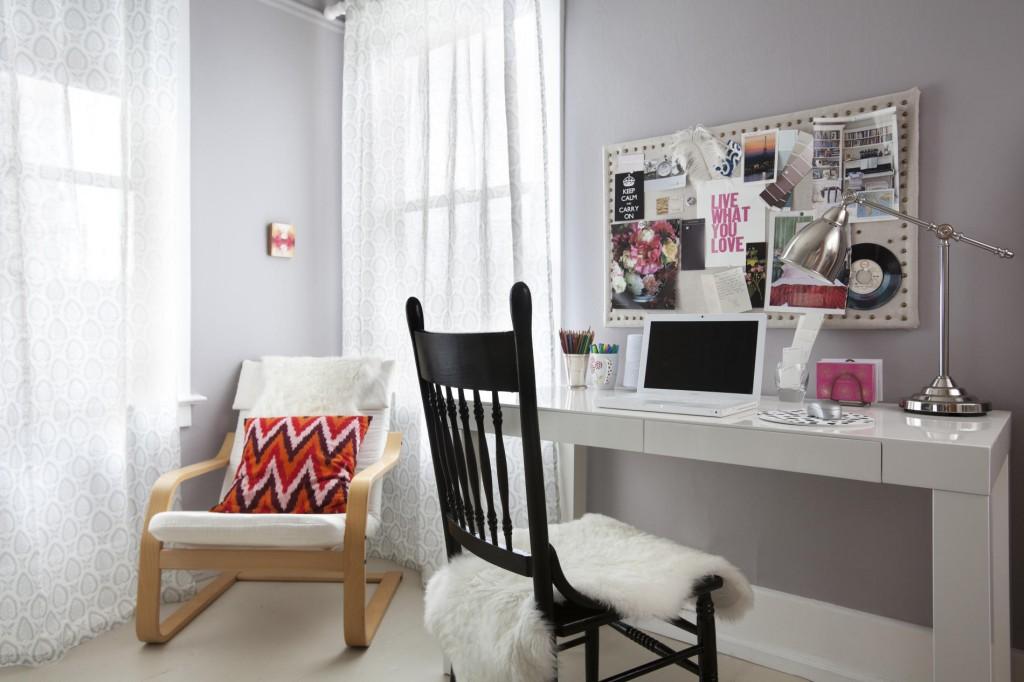 astonishing-feminine-office-furniture-for-business-women-1024x682.jpg