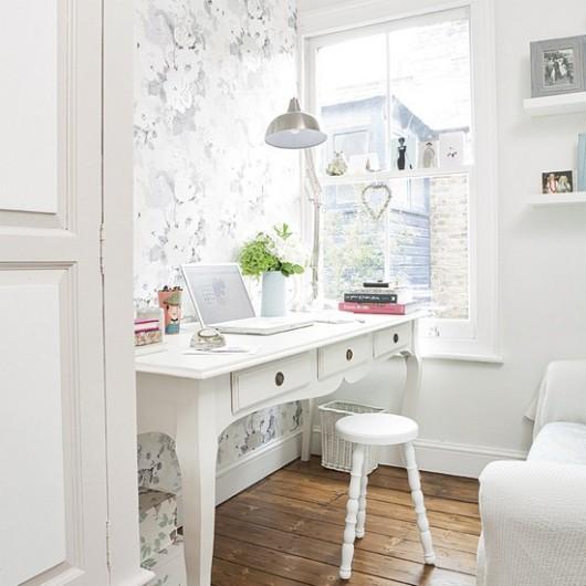 beautiful-white-feminine-office-furniture.jpg
